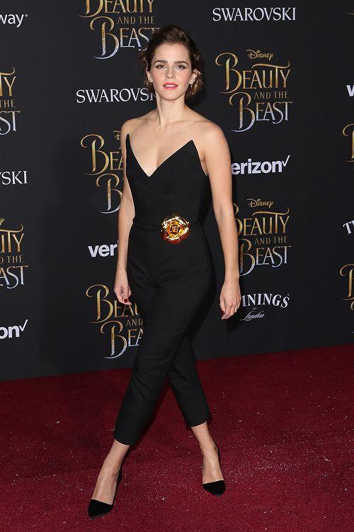 Emma Watson tenue noire