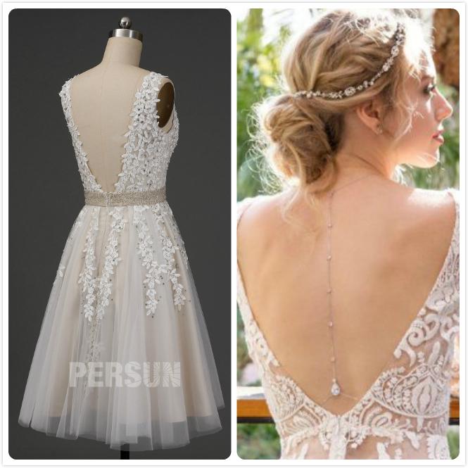 robe mariée courte dos nu et bijoux au dos